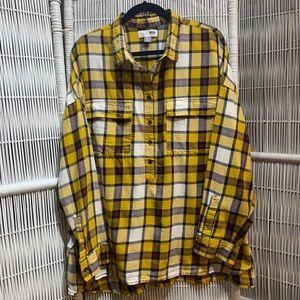 OLD NAVY yellow plaid boyfriend flannel shirt